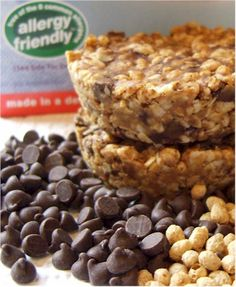 Chocolate Chip Flax 'n Oat Bars. This recipe is Dairy-Free, Egg-Free, Soy-Free, Wheat-Free, optionally Gluten-Free, optionally Nut-Free, and optionally Vegan!