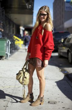 Kate Ciepluch, Red Slouch | Street Fashion | Street Peeper | Global Street Fashion and Street Style