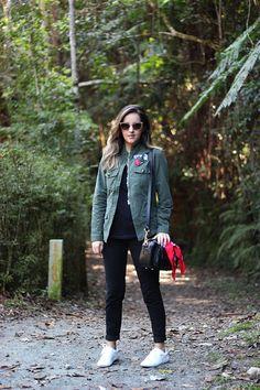 Look da Camis | Camila Gomes | Sim, Senhorita |  Parka Marisa, Blusa Riachuelo, Calça Renner, Tênis Zara, Bolsa Adô, Óculos Gucci
