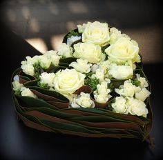 Flower Room Decor, Flower Decorations, Creative Flower Arrangements, Floral Arrangements, Design Crafts, Decor Crafts, Flower Factory, Balloons Photography, Unusual Flowers