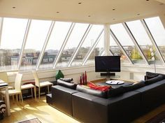 10 Fancy Things You Can Make out of Your Attic Space -