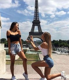 Photography poses for friends bff girls Ideas for 2019 Photos Bff, Friend Photos, Best Friend Poses, Best Friend Goals Teen, Best Freinds, Cute Friend Pictures, Cute Lesbian Couples, Best Friend Photography, Cute Friends