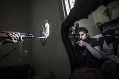 rebel snipers aleppo syria oct2012 by Narciso contreras