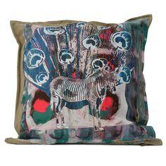 Hand geprint kussenhoes zeefdruk zebra schelp door SuzanneKruisdijk