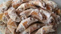 Jemné ořechové rohlíčky připravené za pár minut bez kynutí! Hodí se pro každou příležitost! | Vychytávkov Cereal, French Toast, Food And Drink, Breakfast, Cake, Sweet, Recipes, Minden, Dios