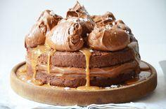 Cokoladovy dort se slanym karamelem