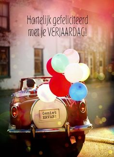 verjaardagskaart man - auto met ballonnen