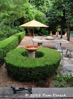 Lively formality in the garden of Deborah Hornickel | Digging