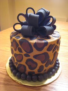 leopard cake, I'm making this for my Birthday!