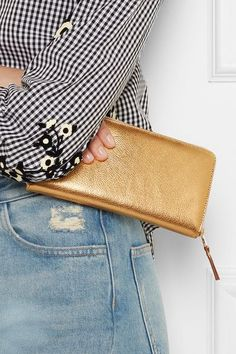 Gold textured-leather (Cow) Zip fastening along top and sides Made in Spain