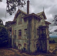 An abandoned gothic revival home that was built during the 1840s.