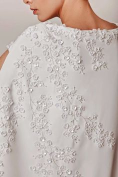 fashion+2015+azzi+osta+evening+dresses+2.jpg (640×960)