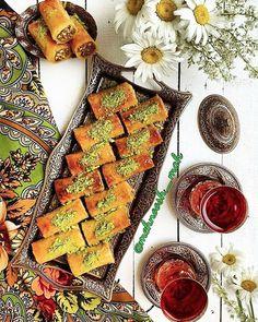 25 Tasty Persian Foods You've GOT To Eat in Iran #persia #persian #food #foodporn #foodies #noms #middleeasternfood #iran #irani #iranian #baklava