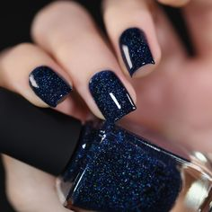 In look for some nail designs and some ideas for your nails? Listed here is our listing of must-try coffin acrylic nails for trendy women. French Nails, Fun Nails, Pretty Nails, Navy Blue Nails, Navy Blue Nail Designs, White Nails, Gel Nails At Home, Holographic Nail Polish, Navy Nail Polish