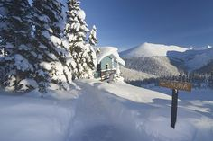 Cabin with Sauna and path through the snow, Chic-Choc Mountains, Quebec, Canada. Chic Choc, Montreal Quebec, Winter Beauty, Ottawa, Mother Nature, Paths, Snow, Mountains, Paradis