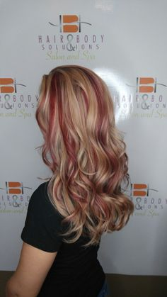 Red lowlights in blonde hair #fall #red #lowlights #blonde #hair