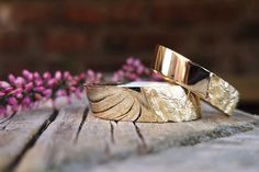 ergonomic wedding rings with textured surface Druzy Ring, Gold, Wedding Rings, Engagement Rings, Surface, Jewelry, Design, Simple Elegance, Engagement Ring