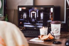 Demand Film to Pay Cryptocurrency to Viewers for Watching Trailers - Wolfcone Love Actually, Windows 10, Software, Lose Your Mind, Bridget Jones, Second Language, Love Movie, Christmas Movies, Holiday Movies