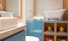 O banheiro do bebê também pode ser decorado e divertido  Nesta foto, a laca…