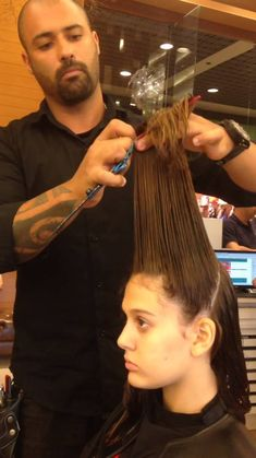 Corte frontal rapido!! Siga  https://m.facebook.com/bettomartinsbrock/