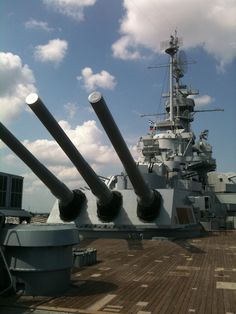 USS Alabama Battleship Memorial Park, Mobile. Uss Alabama, Mobile Alabama, Naval History, Army Vehicles, United States Navy, Navy Ships, Model Ships, Battleship, Water Crafts