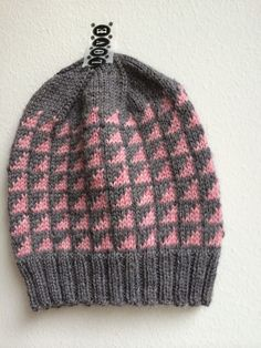Knitted Hats, Knit Crochet, Projects To Try, Beanie, Knitting, Model, Sweaters, Patterns, Fashion