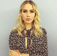 Image shared by Cary Heronalde. Find images and videos about girl, The Originals and claire holt on We Heart It - the app to get lost in what you love. Claire Holt, Indiana Evans, Female Fighter, Phoebe Tonkin, Hayley Williams, Cute Beauty, Famous Women, American Actress, Foto E Video