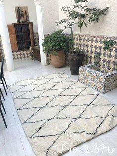 Beni Ourain Tribal Carpet -  250 x 165 cm - Dahkla - Natural Wool - 2376