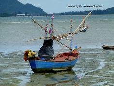 Boats on Prachuapkirikhan Bay   Flickr - Photo Sharing!