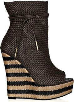 Burberry Prorsum striped Woven Leather And Raffia Wedge Ankle Boots 2012 #shoes #wedges