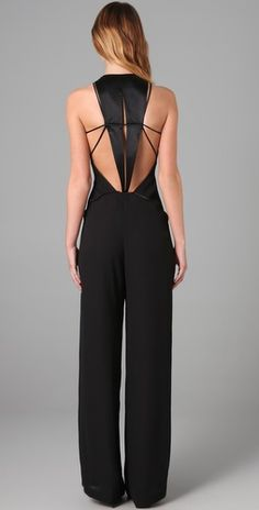 Jumpsuit - The back is cute, but the front looks weird. I Love Fashion, Passion For Fashion, Womens Fashion, Fashion Trends, Mode Style, Style Me, Inspiration Mode, Swagg, Dress To Impress
