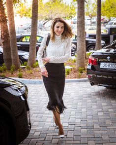 27 March 2017 - Queen Rania attends a meeting of the Queen Rania Foundation - blouse by Giambattista Valli, skirt by Maiyet, shoes by Dior