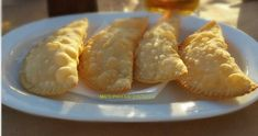 Finger Food Appetizers, Finger Foods, Appetizer Recipes, Greek Pastries, The Kitchen Food Network, Filo Pastry, Greek Recipes, Food Network Recipes, Pie
