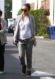 Outfit Envy! Check Out Olivia Wilde's Pregnant Style....which = my non pregnant style haha