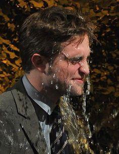 Robert Pattinson on Jimmy Fallon - November 2012