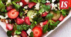 Alkukesän upea raparperisalaatti sopii niin arkeen kuin juhlaan Caprese Salad, Food, Essen, Meals, Yemek, Insalata Caprese, Eten