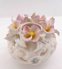 Favors new collection for the wedding of Capodimonte porcelain.