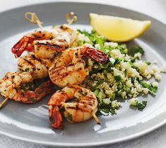 Michelle Bridges' Losing The Last 5 Kilos Chermoula Prawn Kebabs With Couscous Seafood Recipes, Diet Recipes, Cooking Recipes, Healthy Recipes, Healthy Dinners, Healthy Cooking, Healthy Eating, Healthy Food, Skinny Recipes
