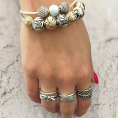 Tomorrow, July 23rd marks the first day for Leos! Leos possess confidence, loyalty and generosity and are represented by the fierce lion 🦁#starsign #leo #lion #astrological #july #pandora #pandoralove #pandoraaddict #pandorastyle #pandorabracelet #gold #silver #rings #ringstack #pandorarings