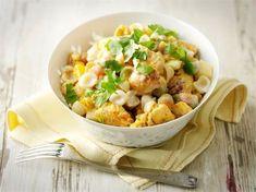 Hedelmäinen broilerisalaatti Pasta Salad, Potato Salad, Cauliflower, Nom Nom, Mango, Potatoes, Vegetables, Ethnic Recipes, Food