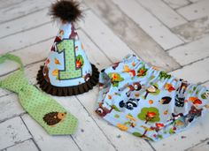 Birthday Party Hat, Diaper Cover, Tie - First Birthday, Smash Cake Pics, Photo Prop - Forest Friends Woodland Animals - Cake Smash Outfit in Green Brown Blue with Hedgehog, Porcupine, Fox, Deer, Owl