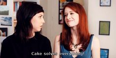 Mary and Lizzie, The Lizzie Bennet Diaries [gif] (Briana Cuoco and Ashley Clements)