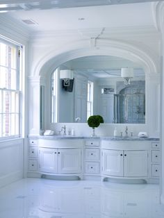 Greenwich, CT, home by Vicente Burin Architects.(The other half of this grand bathroom is here.)