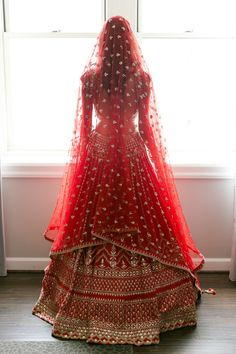 indian wedding Aasif Mandvi and Shaifali Puris Multicultural Wedding Celebration Indian Bridal Outfits, Indian Bridal Lehenga, Indian Bridal Fashion, Bridal Dresses, Indian Wedding Sari, Maxi Dresses, Wedding Posing, Indian Wedding Photography Poses, Classy Photography