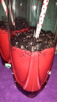 Skinny Red Velvet Oreo Milkshake