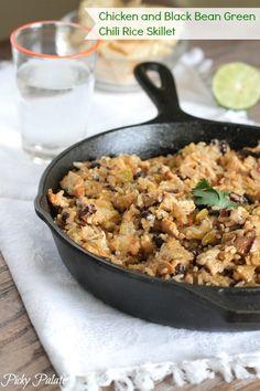 Chicken and Black Bean Green Chili Rice Skillet #chicken #dinner