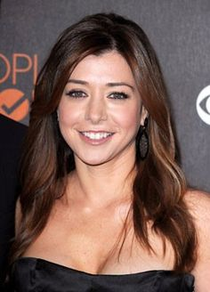I have been a huge fan of hers since her Buffy days. She is a terrific actress! Alyson Hannigan, Girl Hairstyles, Braided Hairstyles, People Magazine, Beautiful Celebrities, Beautiful Women, Fall Hair, New Hair, Redheads