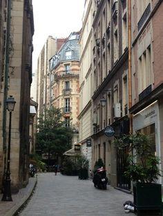 take me back to this beautiful city. Paris ♥