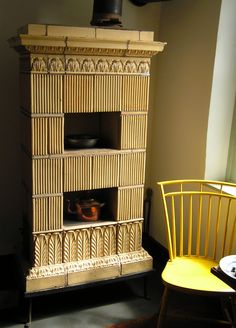 Old Salem - ceramic tile stove - photo taken 2007