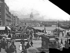 Corner of Eden Quay and O'Connell Bridge, 1897 Eden Quay, Dublin 1900 - History of Dublin - Wikipedia, the free encyclopedia Dublin Ireland, Ireland Travel, Old Pictures, Old Photos, Ireland Pictures, Vintage Photos, Ireland Homes, Photo Engraving, Dublin City